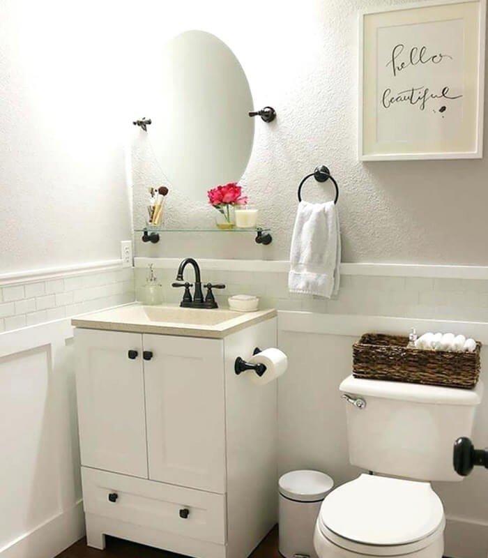 Banheiro Branco Simples Decoração