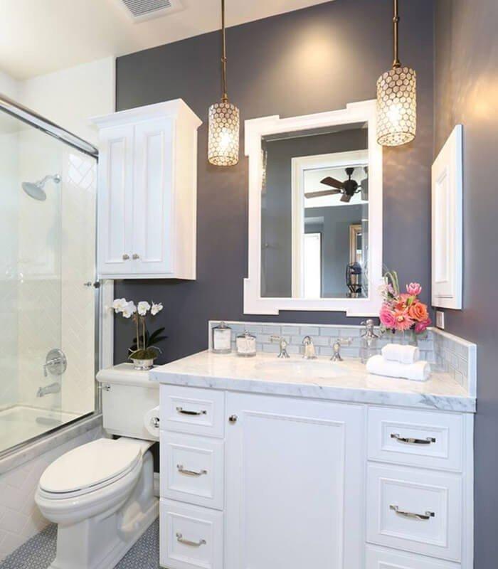 Banheiro Simples Pequeno e Moderno