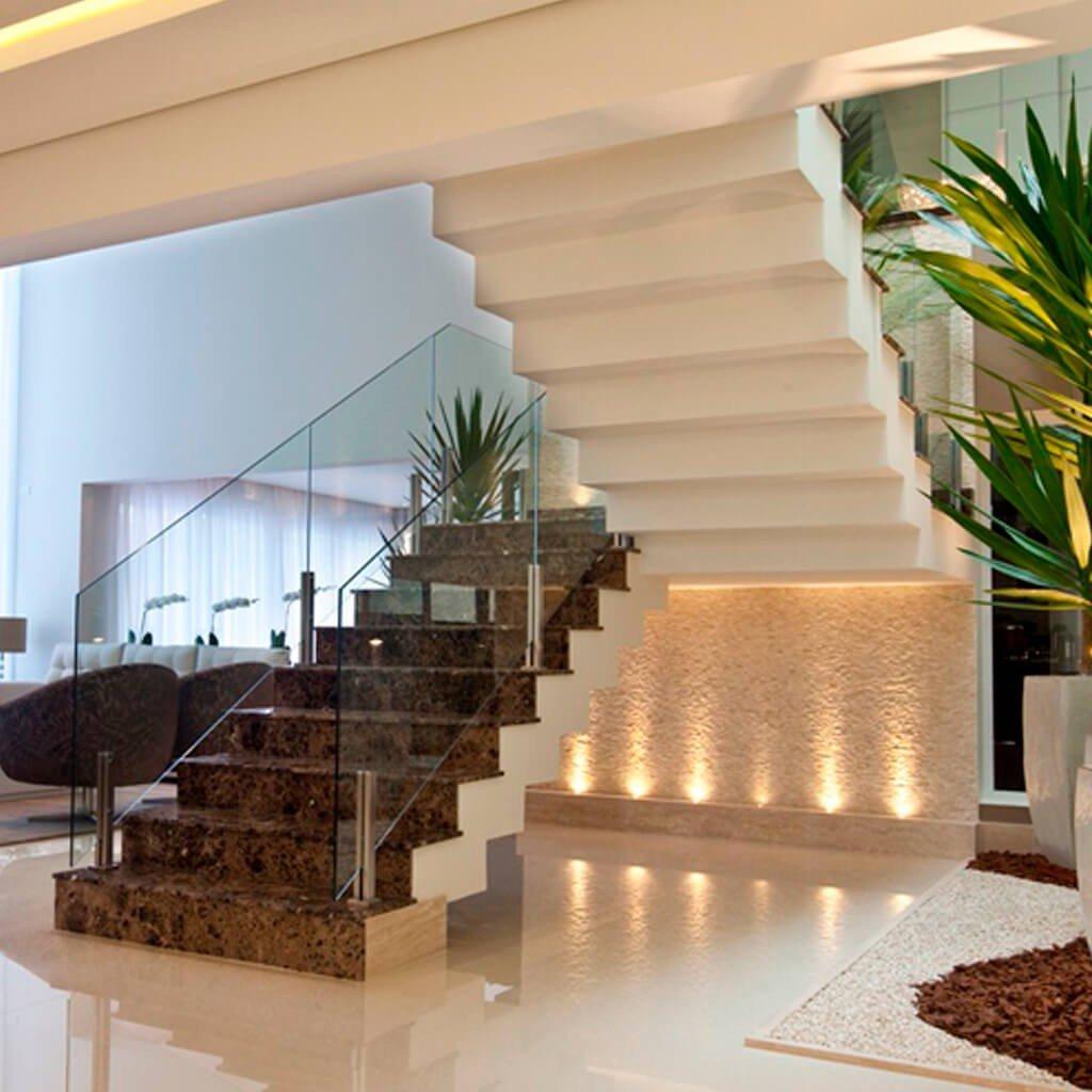 Escada Mármore Marrom Imperial