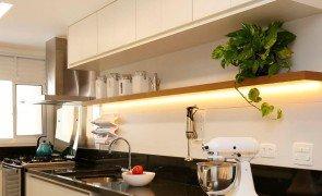 Fita LED na Cozinha